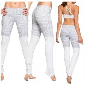 Alo Goddess Leggings Print Grey and White